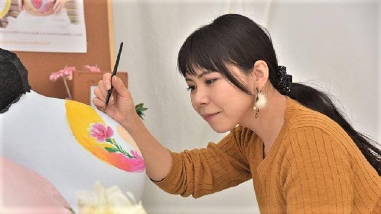 《好人余聞》13 「わたしが幸せやパワーをいただいています」マタニティーペイントアーティスト みそけいえっこ さん