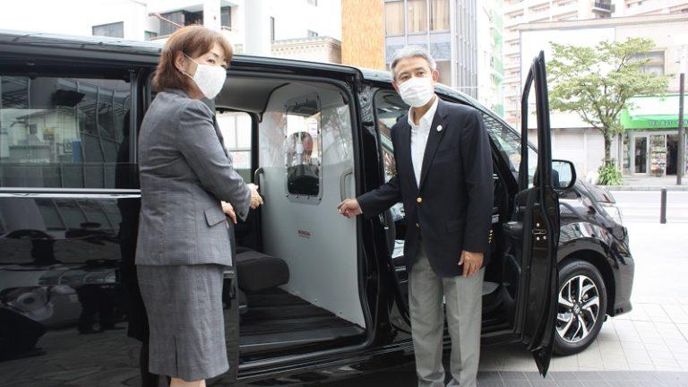 軽症患者搬送車を無償貸与 関彰商事が土浦市に PCR検査で活用